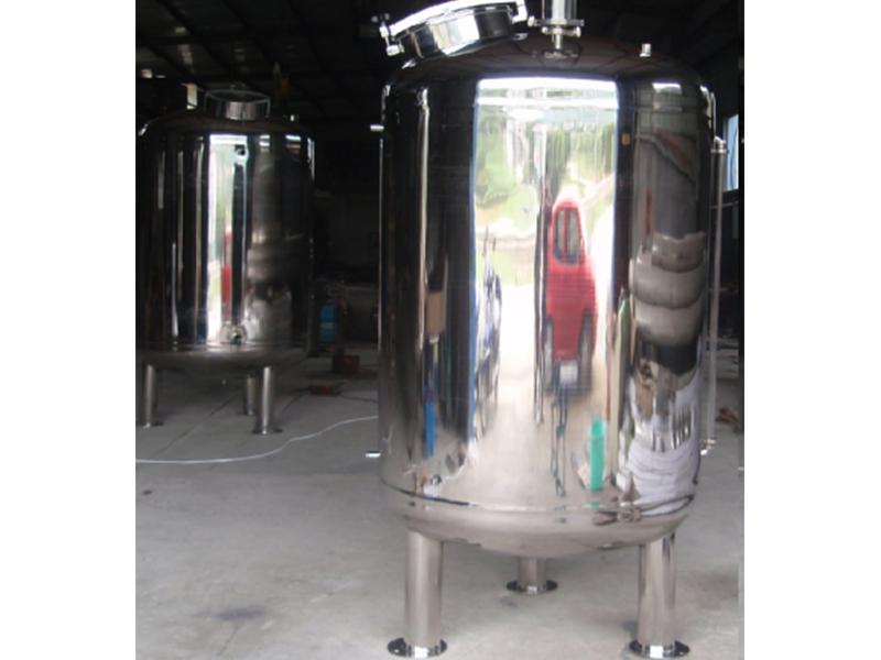 无菌立式水箱